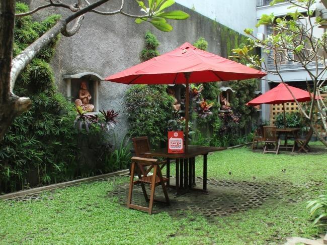 NIDA Rooms Candi House 12 Lowokwaru - Pemandangan Area