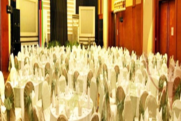 Hermes Palace Hotel Banda Aceh - Ruang Makan
