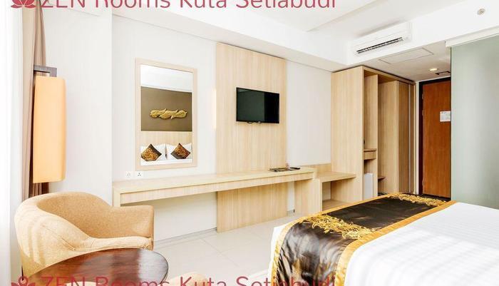 ZenRooms Kuta Setiabudi Bali - Tempat Tidur Double