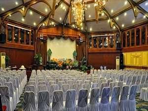 Patra Jasa Semarang Convention Hotel Semarang - Ruang pertemuan Poncowati