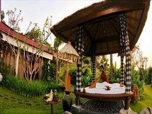 Patra Jasa Semarang Convention Hotel Semarang - Gazebo Kamar President Suite