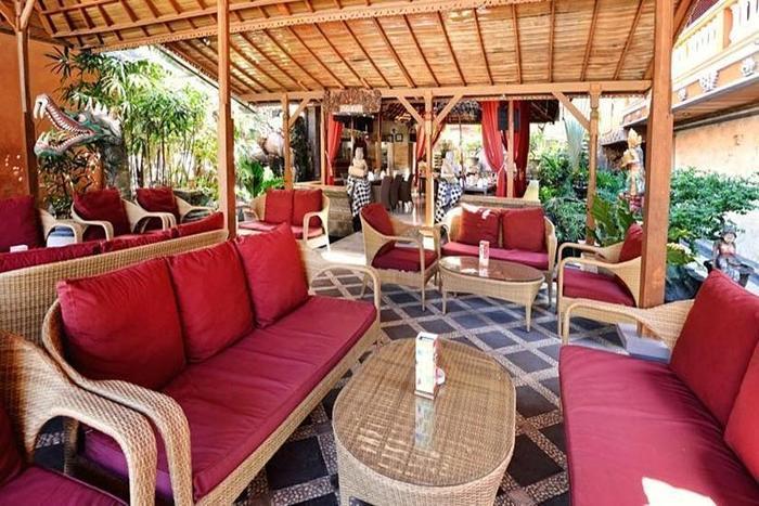 Wina Holiday Villa Kuta - Restoran