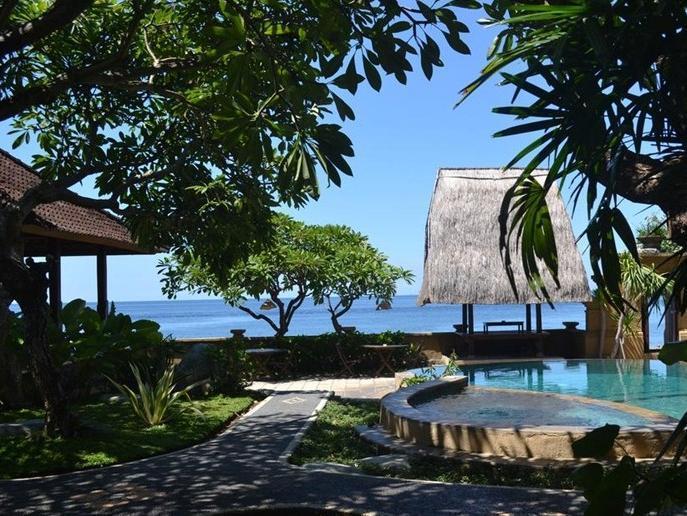 Sunshine Bungalow & Restaurant Bali - Kolam Renang