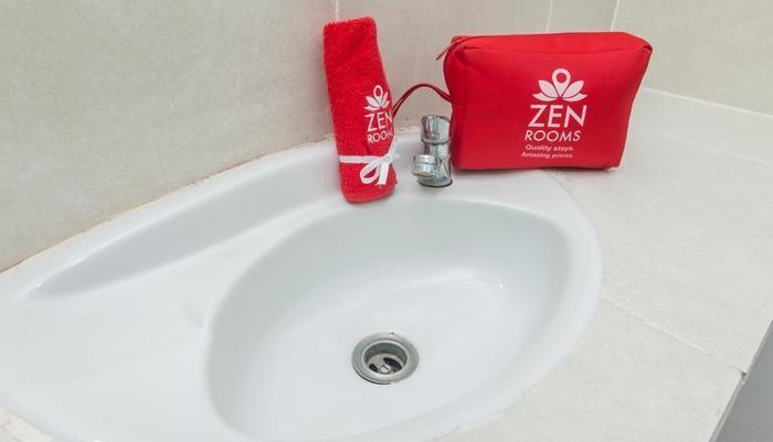 ZenRooms Tanjung Benoa Bidadari Bali - bathroom