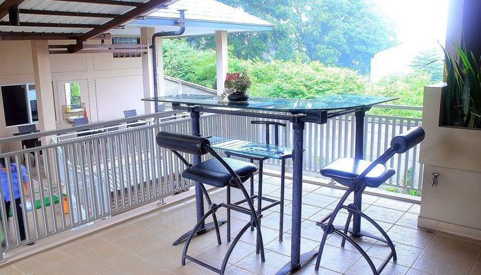 ZEN Rooms Bukit Tunggul Bandung - Teras