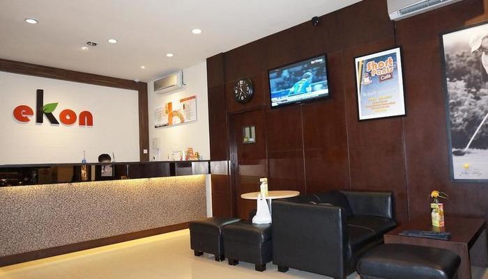 Ekon Hotel Yogyakarta - Resepsionis