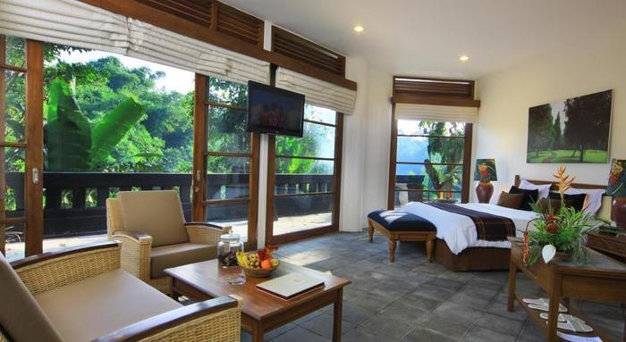 Novus Giri Resort & Spa Puncak - Grand Pool Suite. Kamar dengan plunge pool hangat pribadi
