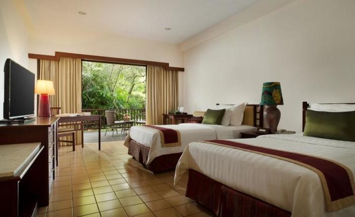 Novus Giri Resort & Spa Puncak - Kamar superior dengan pemandangan taman