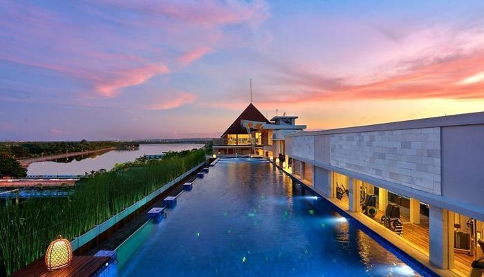 Mega Boutique Hotel and Spa Bali - Kolam renang