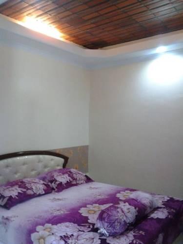 Ndalem Pundhi Guest House Yogyakarta - Kamar