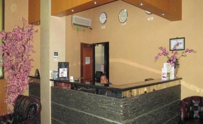 Violand Garden Hotel Samarinda - Resepsionis