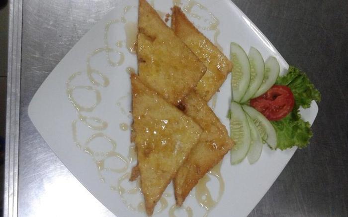 Violand Garden Hotel Samarinda - Roti Goreng Sibuk