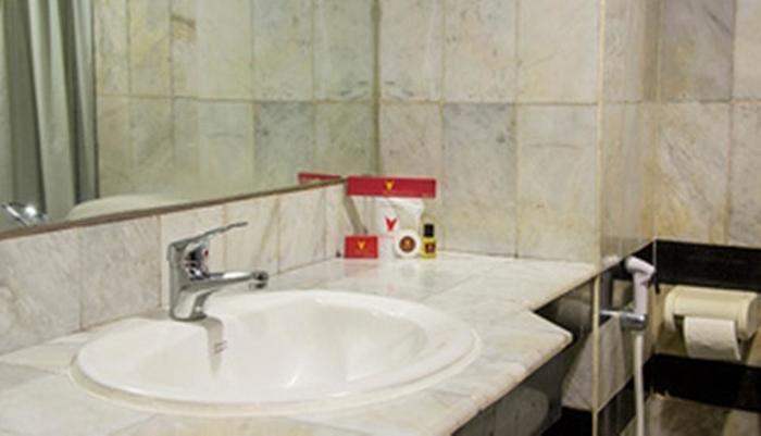 Mega Proklamasi Hotel Jakarta - (06/Jan/2014)