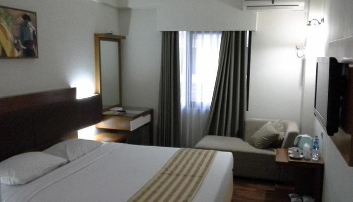 Mega Proklamasi Hotel Jakarta - Deluxe Room