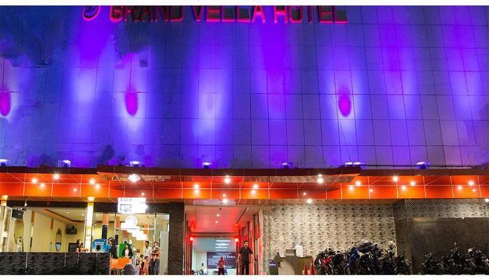 Grand Vella Hotel Bangka - Facade