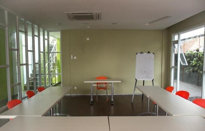Dbest Express Hotel Bandung - Fasilitas