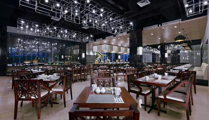 Aston Pasteur Bandung - Restaurant