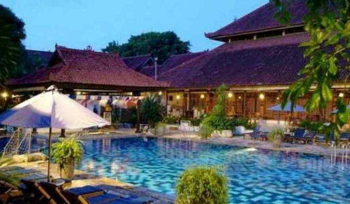 Grand Istana Rama Bali - Kolam Renang