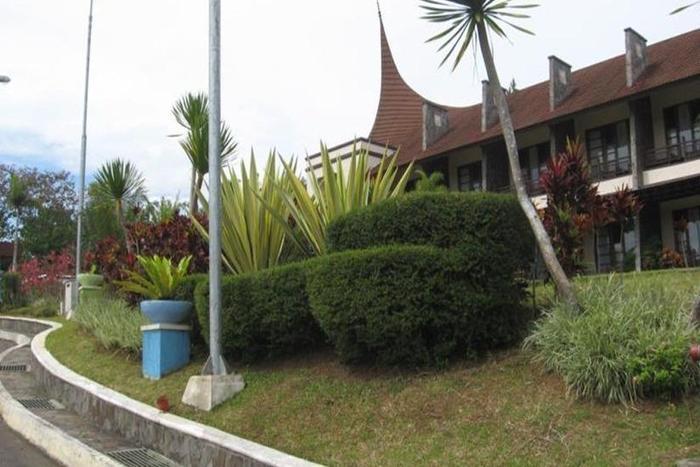 Campago Resort Hotel Padang - Eksterior