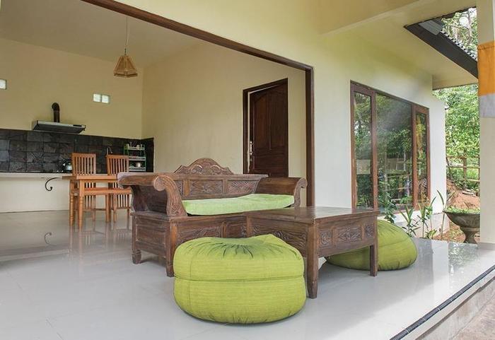 RedDoorz @Bangkilesan Mas Ubud Bali - Interior