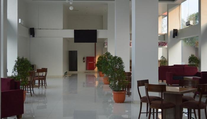 Win Grand Hotel Bekasi - Lounge Bar