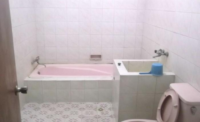 Hotel & Villa Kintamani Sarangan Magetan - Kamar mandi