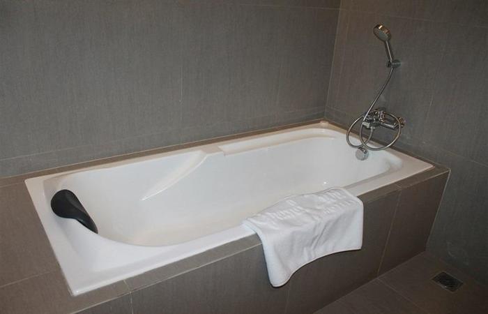 Grand Zuri Padang - Bak mandi