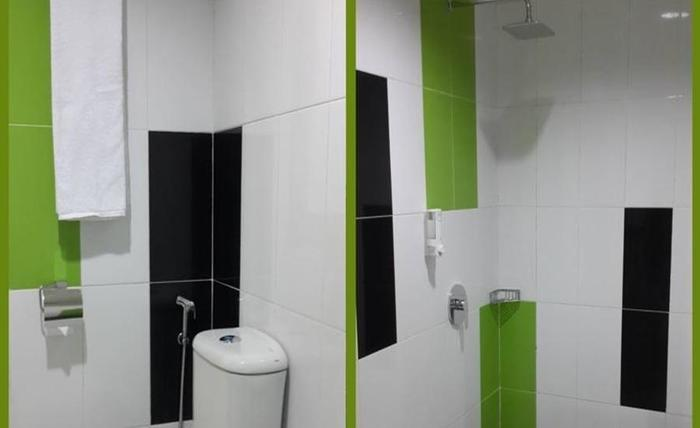 Save Hotel  Banjarmasin - Kamar mandi