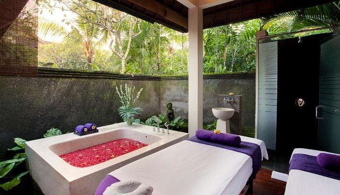 Kamuela Villas & Suites Sanur - Aum Spa Treatment Room