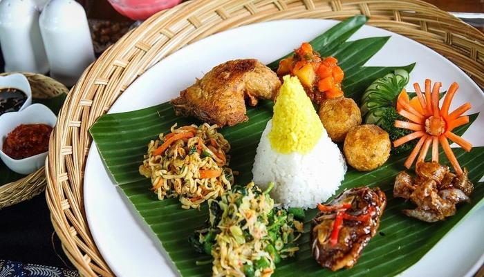 The Kana Kuta Hotel Bali - Nasi Campur