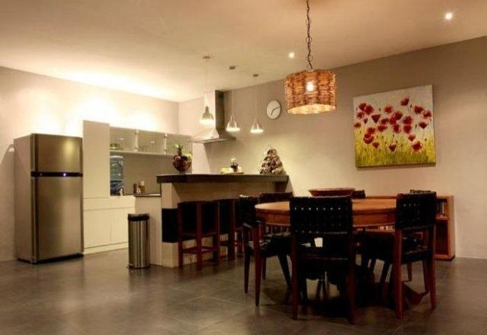 Scallywags Anyar Estate Bali - Ruang makan