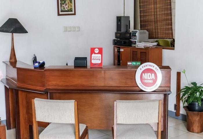 NIDA Rooms Bandung Setra Sari Kulon Sukasari - Resepsionis