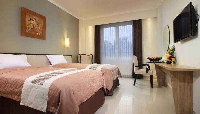 Sakanti City Hotel Yogyakarta - Deluxe Room