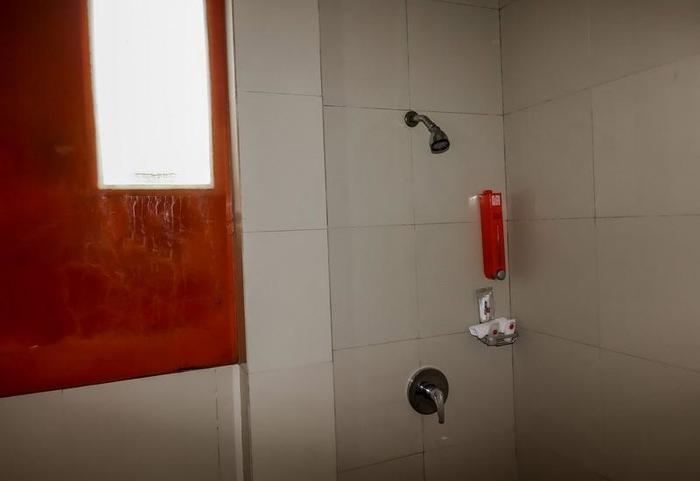 NIDA Rooms Semarang Imam Bonjol - Kamar mandi