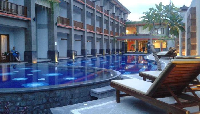 Grand Sinar Indah Bali - Kolam Renang