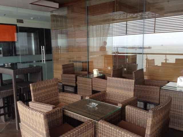 Aerotel Smile Makassar - lounge