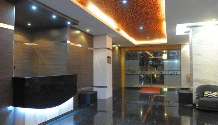 Sylvia Hotel Budget Kupang - Resepsionis