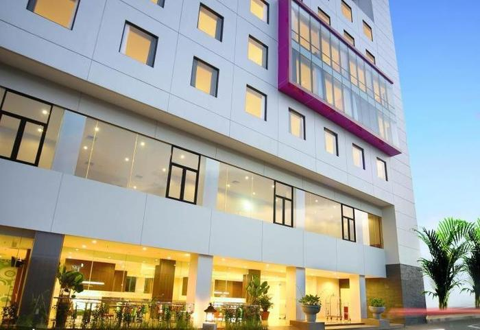 Favehotel Hyper Square Bandung - Hotel Building