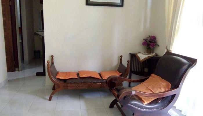 De'Pavilla Homestay Bali - Living Room