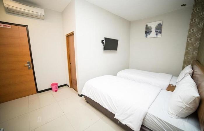 Sunrise Hotel Semarang Semarang - Room