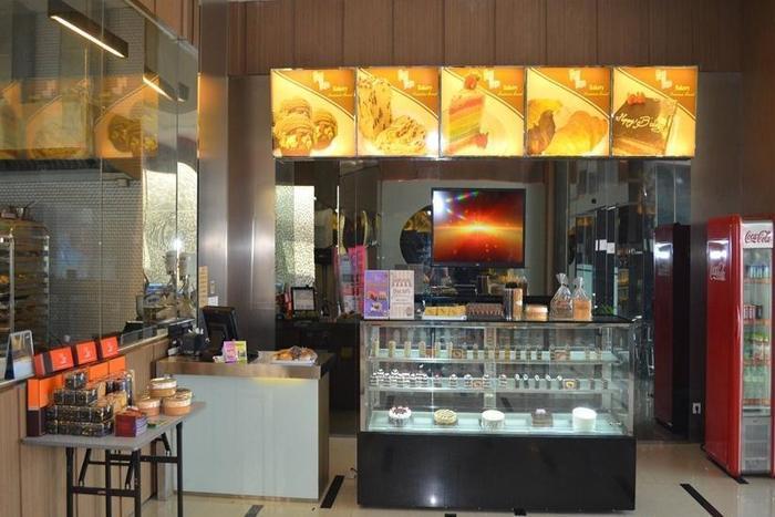 World Hotel Jakarta - Toko Roti