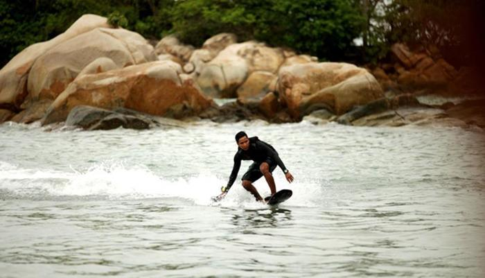 Turi Beach Resort Batam - Hover Board