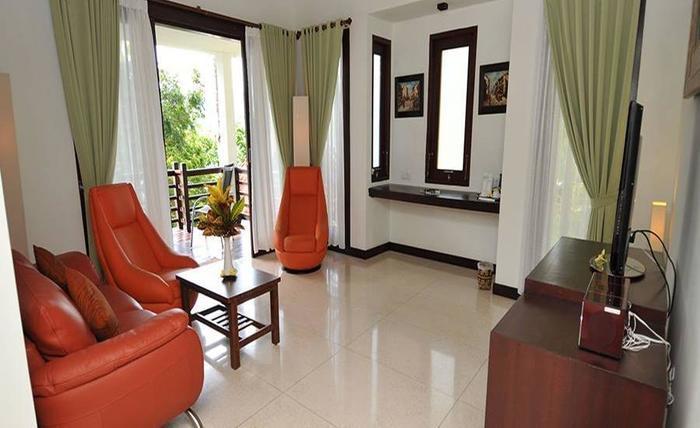 Dabirahe at Lembeh Hill Resort Bitung - Ruang tamu