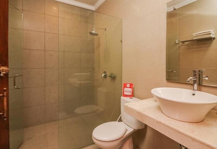 NIDA Rooms Ubud Raya Pengosekan Bali - Kamar mandi