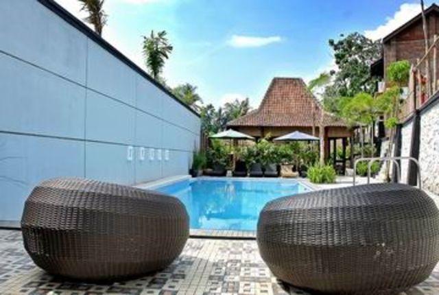 Pondok Gajah Homestay Yogyakarta - Kolam Renang