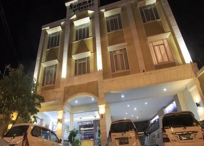 Summer Season Boutique Hotel Yogyakarta - Tampilan Luar Hotel