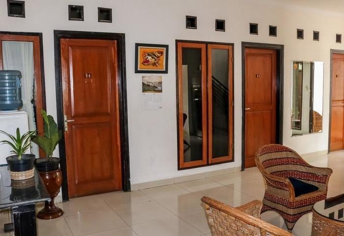 NIDA Rooms Sun House Raya 24 Lenkong - Pemandangan Area