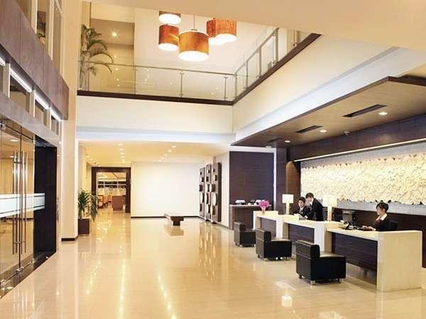 Hotel Santika Bengkulu - Lobby