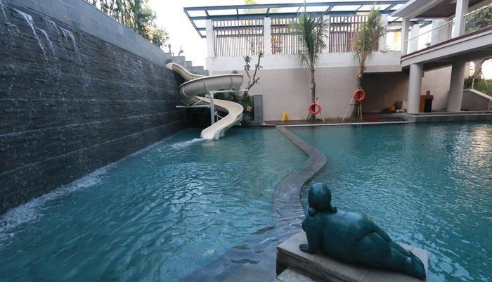 Bali Paragon Resort Hotel Bali - Kids Pool