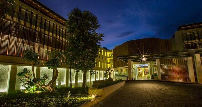 Bali Paragon Resort Hotel Bali - Hotel Depan